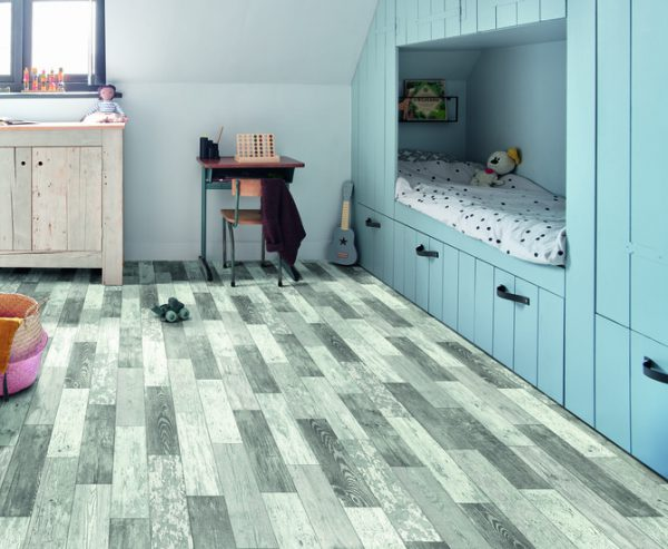 Vinyl Flooring Fitting 1